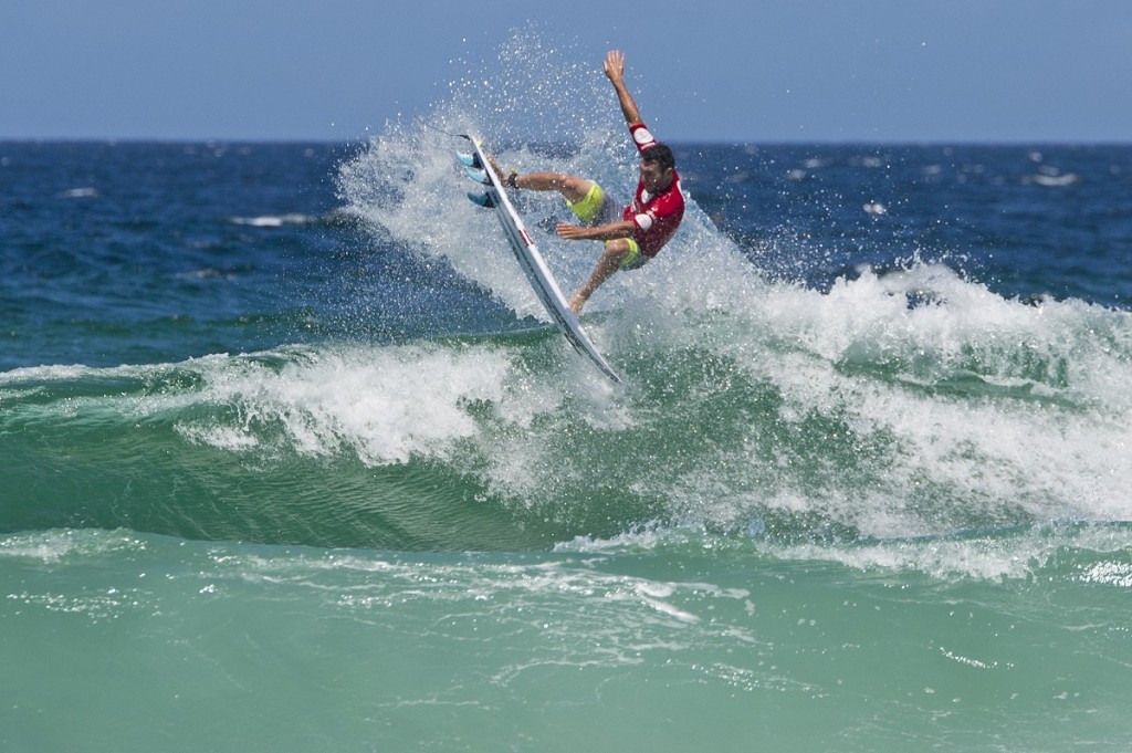 Joel Parkinson winning his first heat at the Burton Automotive Pro at Surfest, Newcastle, Australia